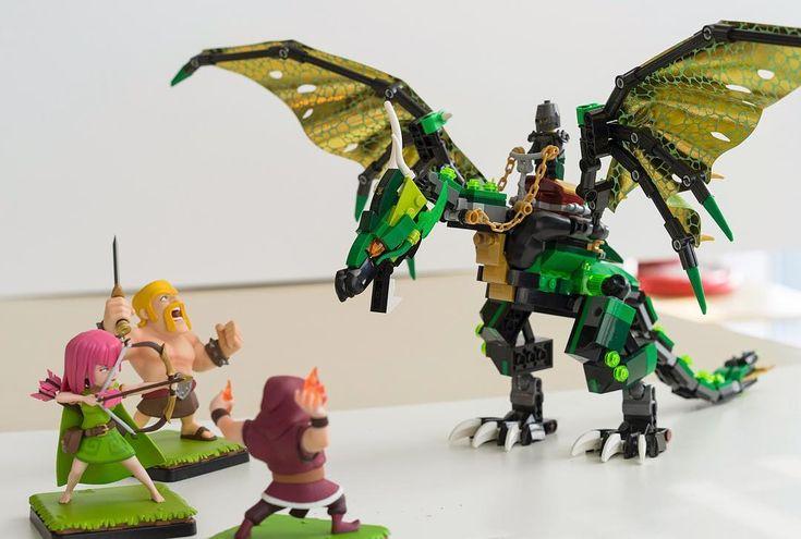 이 용은 니들이 아는 그 용이 아니라고..... #퇴근좀하자 . #lego #clashofclans #clash_of_clans #figure #dragon #legophotography #legostagram #toyphotography #toystagram #toy #레고 #클래시오브클랜 18.03.07.