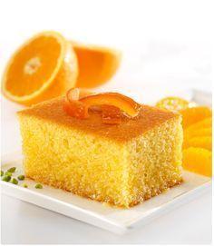 Portakalın girdiği her yemek pasta güzelleşmektedir. Beş çaylarınızda, misafirlerinize bu güzel portakallı kekten hazırlayabilirsiniz. Dışarıda marketlerde satılan hazır keklere boş yere para vermeyin. Kendi evinizin rahatlığın da çok güzel kekler yapabilirsiniz.