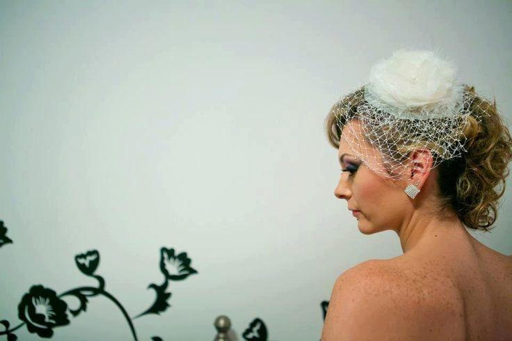Wedding headpiece, Ivory hair flower, Wedding bridal hair accessories, flower hair clip, feather, rhinestone by FleursProvence on Etsy