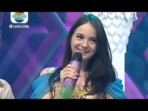 Enzy Storia Bisa Nyanyi India Nge Host @ D'T3rong Show 9 September 2014