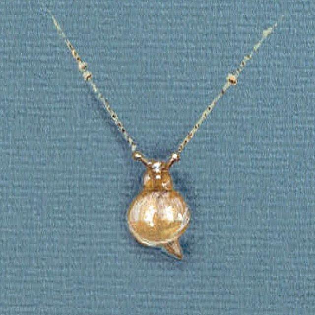Have you discovered our Hidden #Garden collection?     #Snails #BillSkinner #gardenjewels #illustration #jewellerysketches