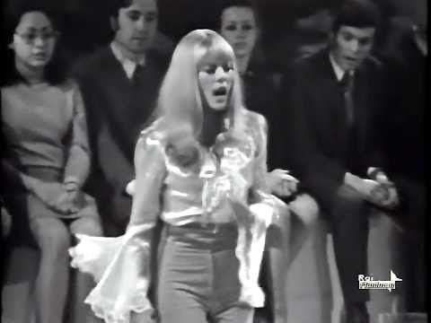 ♥♥ღPatrícia Sallum-Brasil-BH♥♥ღ ♫ Sylvie Vartan ♪ Irresistibilmente ♫ Video & Audio Restaurati - YouTube