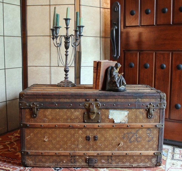 Lv Trunk Coffee Table: 105 Best Vintage Louis Vuitton Images On Pinterest