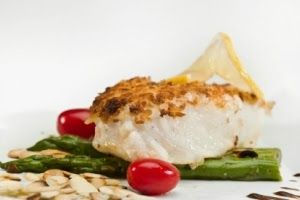 Almond crusted halibut | Cooking-ideas to try | Pinterest