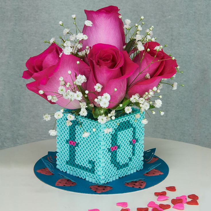 Use this easy-to-assemble gift box to deliver candy or flowers to your special someone or Valentine.