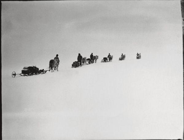 The Lost Photographs of Captain Scott Amundsen