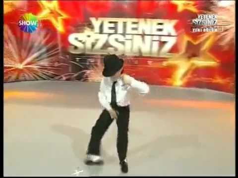 Michael Jackson dance 12 years old stuttering boy Turkey s Got Talent 20...