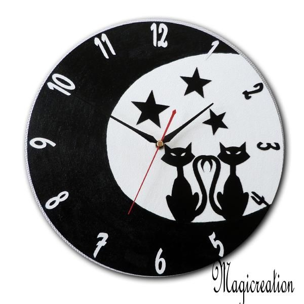 sur commande horloge duo de chats dans la lune - Boutique www.magicreation.fr