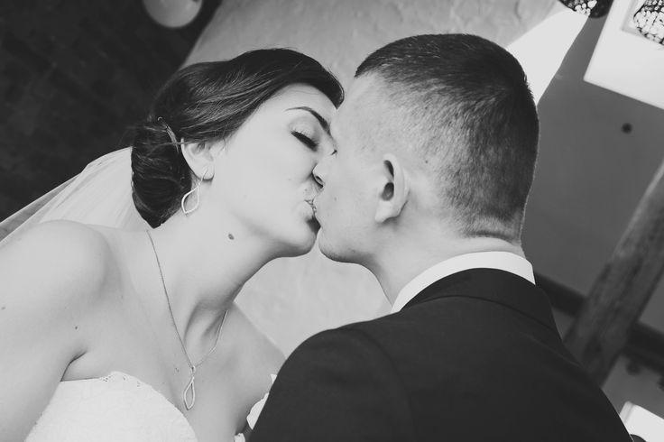 kiss wedding photo Anna Pawlewska Photography www.facebook.com/annafotografuje