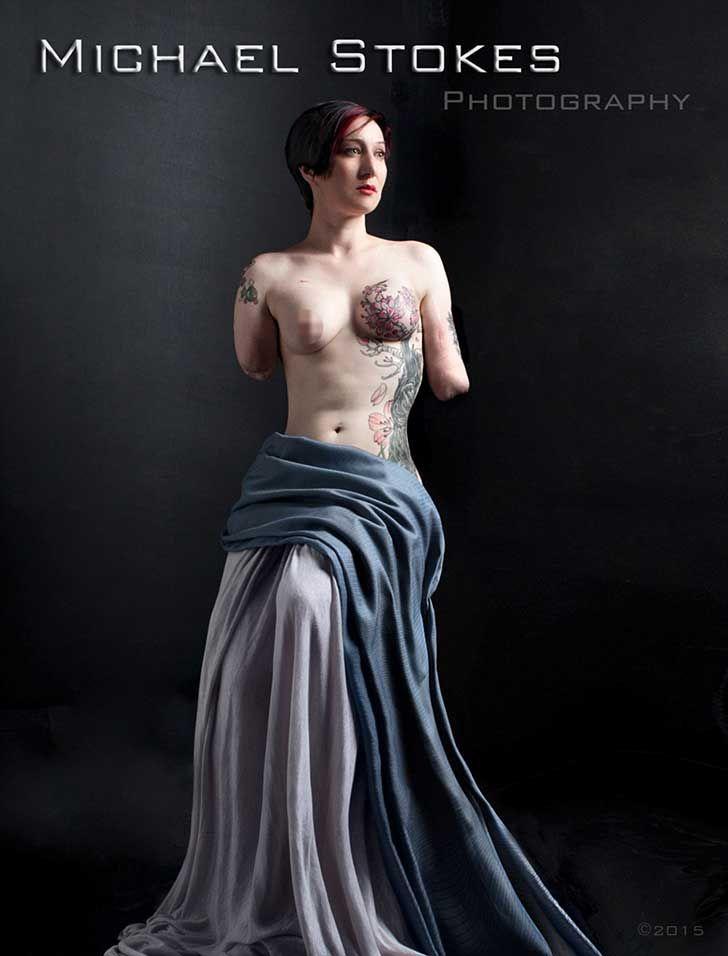 Libro de retratos de veteranos desnudos por Michael Stokes  http://michaelstokes.tumblr.com/