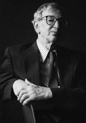 Morre Eric Hobsbawm, grande historiador do séc. XX - Sindicato Nacional dos Aeronautas
