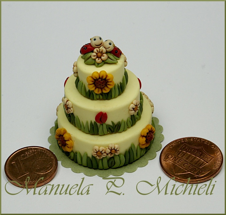 ...So I've created a polymer clay Thun style cake to put the miniaturized version of that object on the top - 12th June 2013