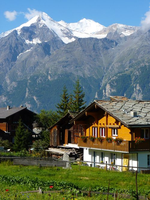 58 best swiss farm houses images on pinterest farm for Swiss chalets for sale