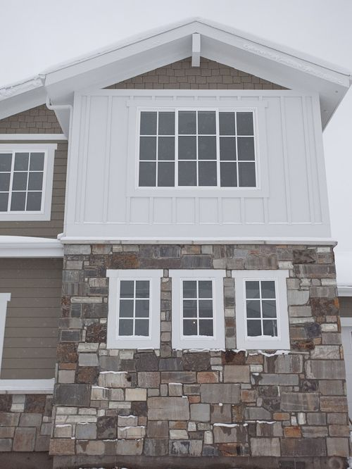 Board Batten Siding Installation Wood And Cost Vinyl Vs Hardiplank