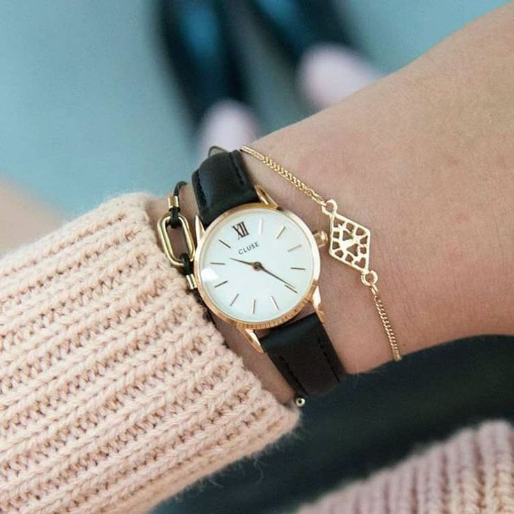 Channel your inner Brigitte Bardot with one of our La Vedette models. Their domed glass and delicate thin size will give your outfit that perfect vintage-yet-modern touch that will take your look to the next level  Official launch: October 2016 #CLUSE #beLaVedette #IconicElegance