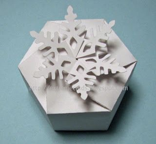 DIY snowflake box with printable template