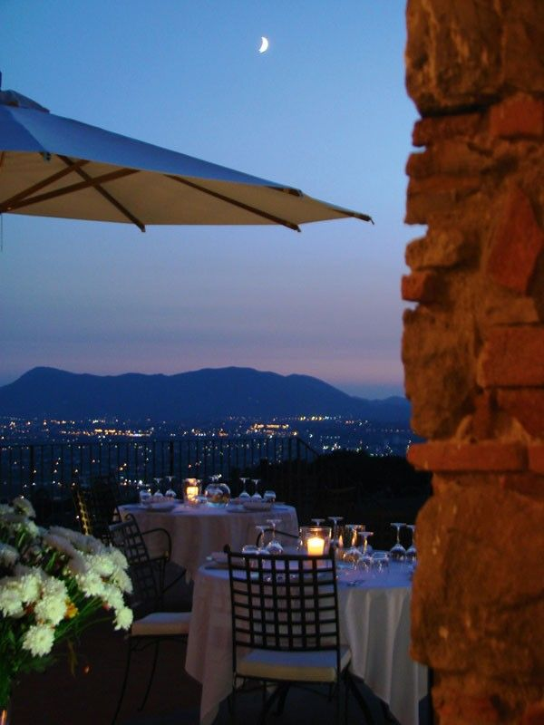 25 best ideas about romantic restaurants on pinterest for Romantic weekend getaways dc