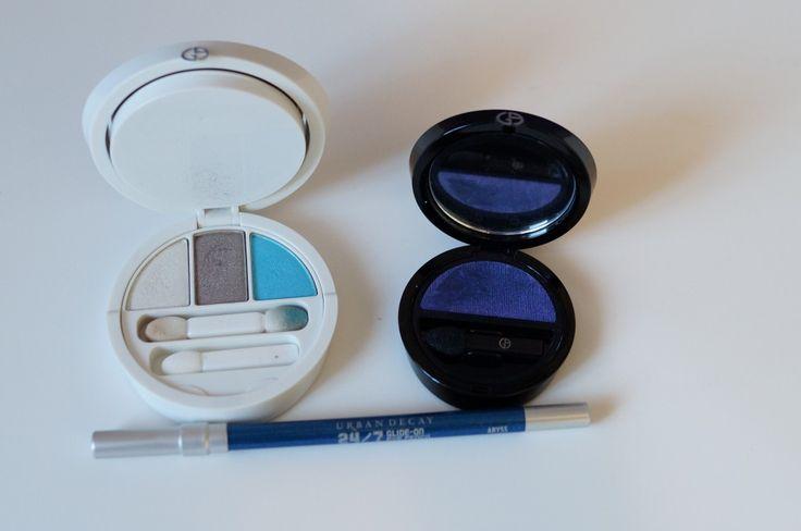 Tonos azules: sombras satinadas y brillantes para potenciar los ojos