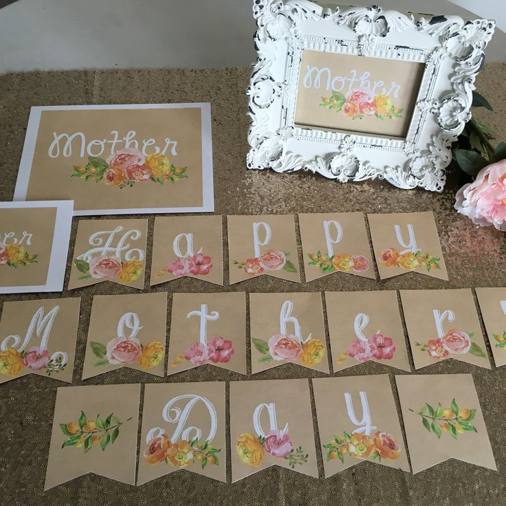 Floral Happy Mother's Day printable banner and sign kit.