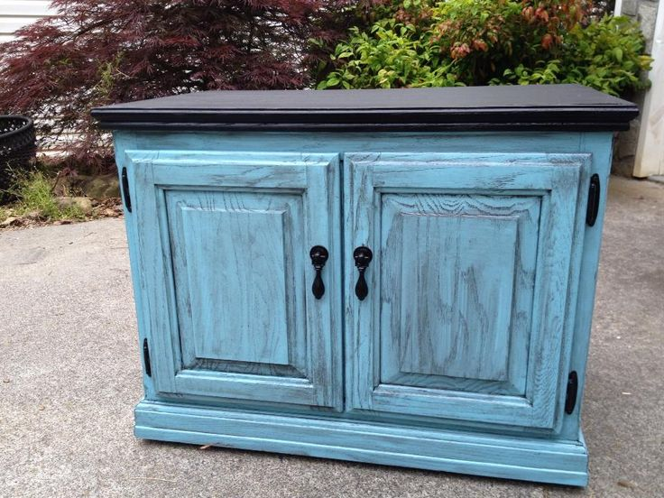1000 Ideas About Blue Distressed Furniture On Pinterest Distress Wood How To Sand Wood And