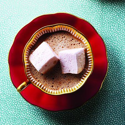 Vanilla Marshmallows http://food.chatelaine.com/Recipes/View/Vanilla ...