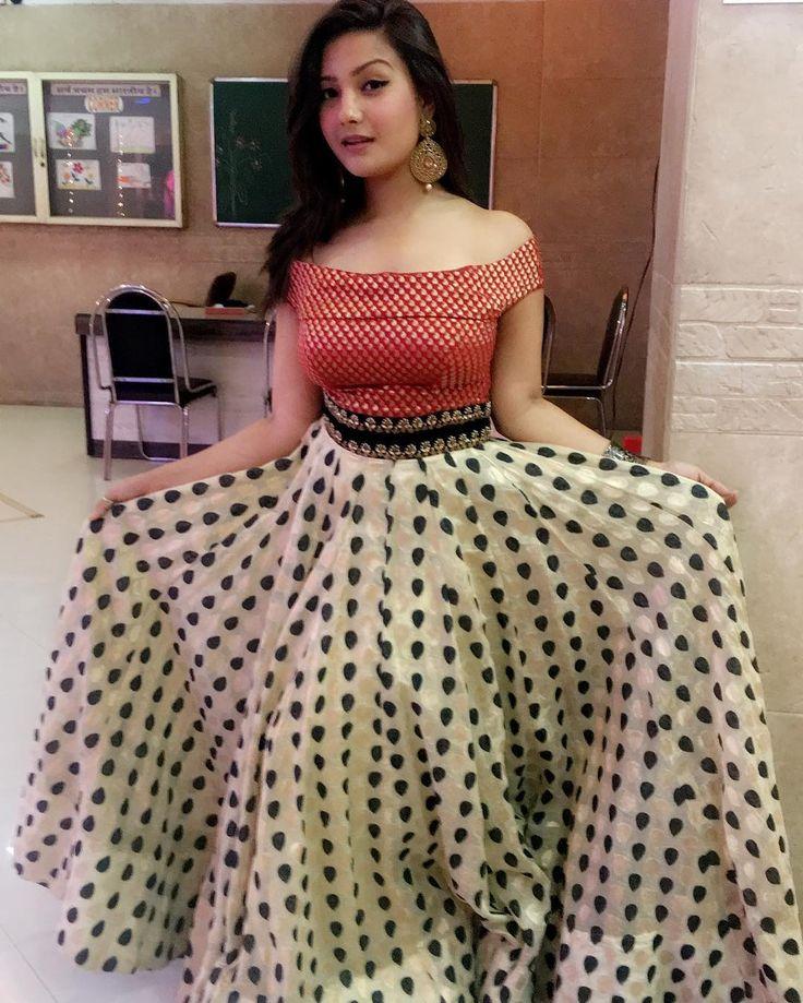 "17.4k Likes, 153 Comments - Aashika Bhatia (@_aashikabhatia_) on Instagram: ""Wedding diaries ☺️ Dress by @nazaakatsj ❤️ #reception"""