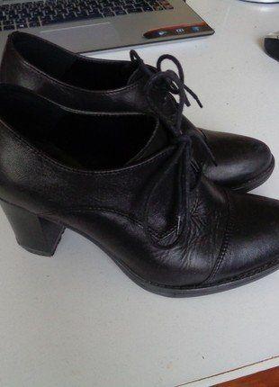 Kupuj mé předměty na #vinted http://www.vinted.cz/damske-boty/polobotky/15604865-snerovaci-polobotky-oxfordky-na-podpatku