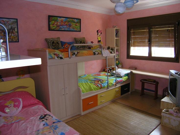 La habitación de las niñas....