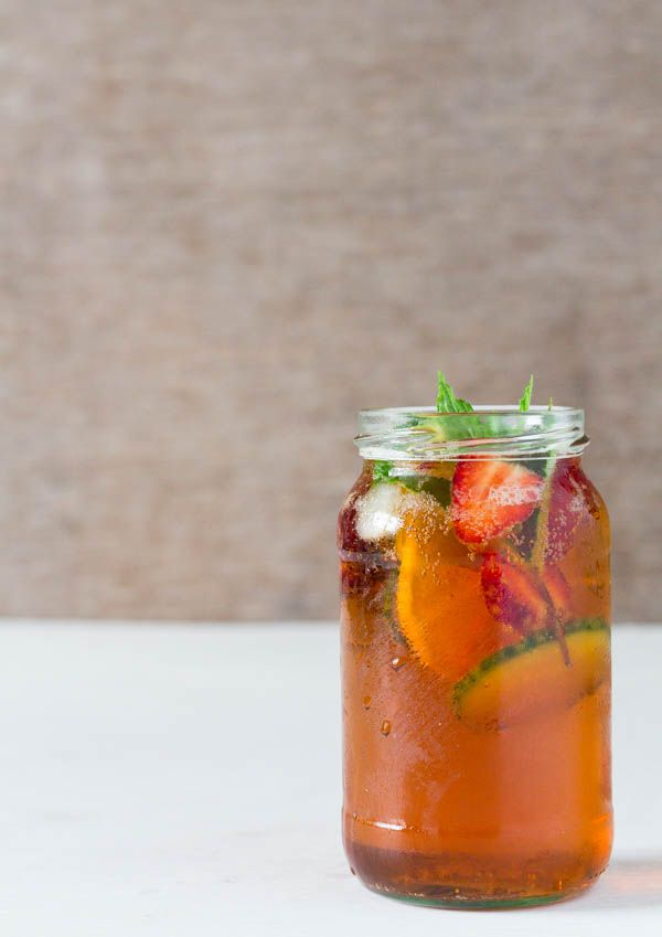 An easy and refreshing Pimm's no1 and Lemonade Cocktail recipe | Recipes From A Pantry