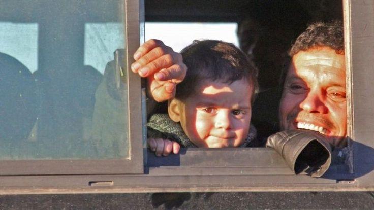 Aleppo Syria battle: Evacuation of rebel-held east - BBC News