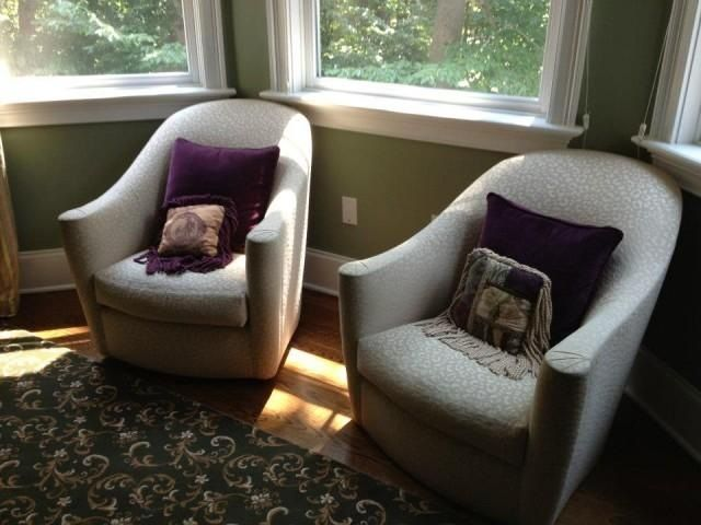 What are the advantages of using Small Swivel Chairs for Living Room? - 25+ Best Ideas About Small Swivel Chair On Pinterest Bedroom