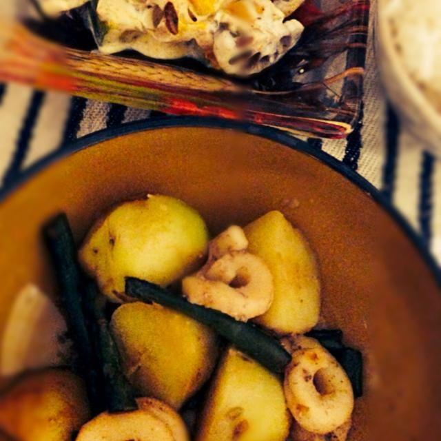 2014.2.12 - 5件のもぐもぐ - いかとじゃがいもの煮物、かぼちゃとれんこんのサラダ、野菜スープ by nanananna