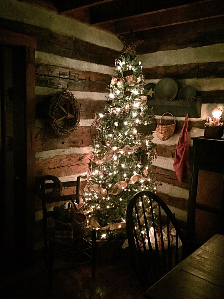 867 best Christmas {Cozy Cabin} images on Pinterest | Christmas ...