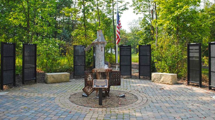 Pitt-Johnstown remembers and honors Memorial Day and those who have died in service of the United States of America. http://upj.pitt.edu/HeroesMemorial