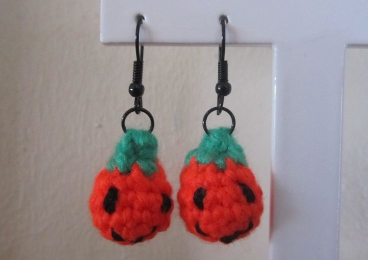 Pumpkin Earrings.
