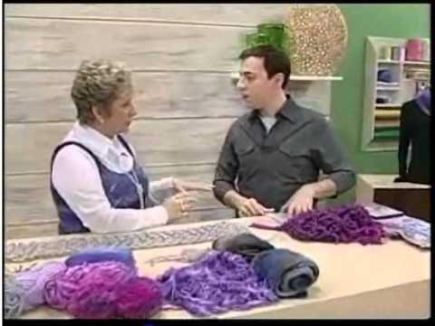 Lindas GOLAS EM TRICÔ - Por Vitória Quintal!  ( exibição 20.06.2012), via YouTube.