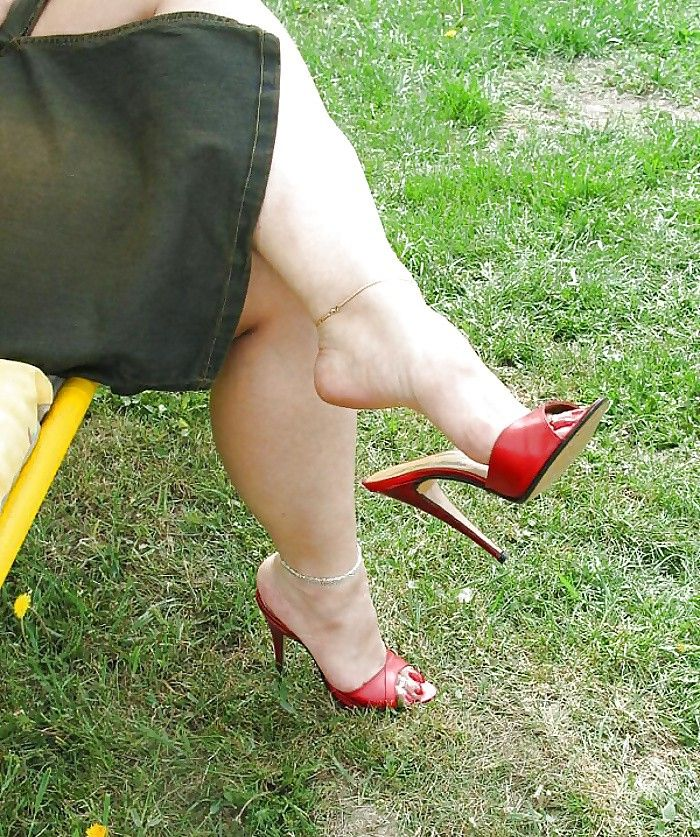 Absolutely dangling high heels mules tgp advise