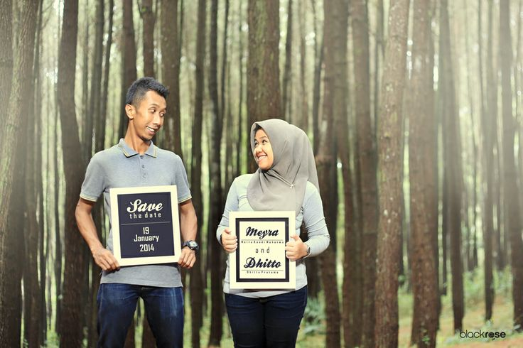 thanks to meyra and dhito  you're so excited www.facebook.com/pages/Blackrose-Pictures/349568915159712 #couplepictures #preweddingphoto #funny #savethedate #casual #t-shirt #tree #pines #frame #smile #indonesian #blackrosepictures