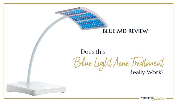Stop breakouts and clear away acne scars with this at home acne blue light therapy machine. Find out how it works! #bluelighttherapy #bluemd  #acnetreatment