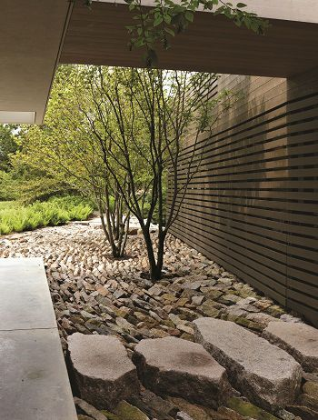 Reed Hilderbrand ASLA 2012 Professional Residential Design Honor Award. Reordering Old Quarry / Charles Mayer Photography
