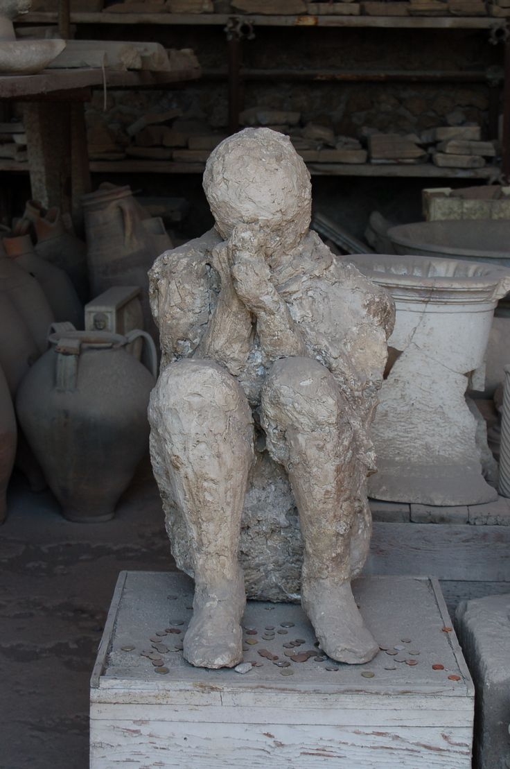 Ancient #Pompeii  .  How did archaeologists retrieve such life-like casts of the bodies of Vesuvius's victims? The key to the revival of Pompeii's citizens is plaster.