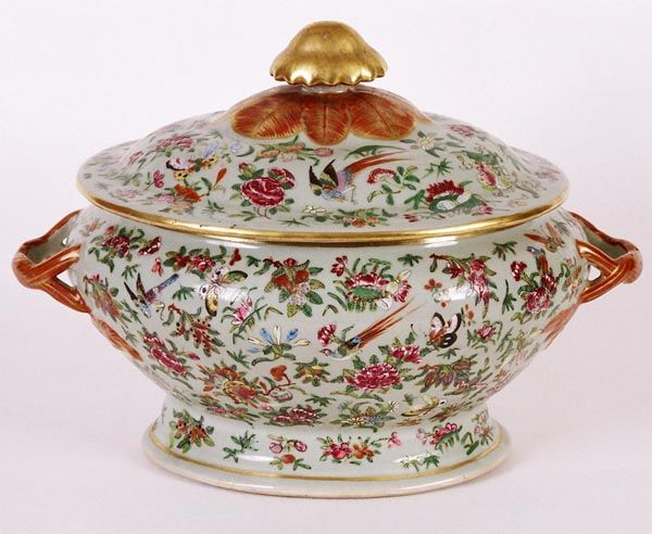 Rare 18th C Rose Medallion & Butterfly Three Part Admiral Dewey Family Covered Soup Tureen C 1785   Antiques.com