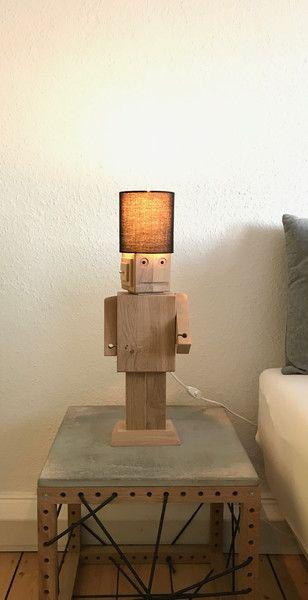 Kerzen - Roboter aus Eiche - Lampe - Holz-Roboter - ein Designerstück von Grafikwald bei DaWanda