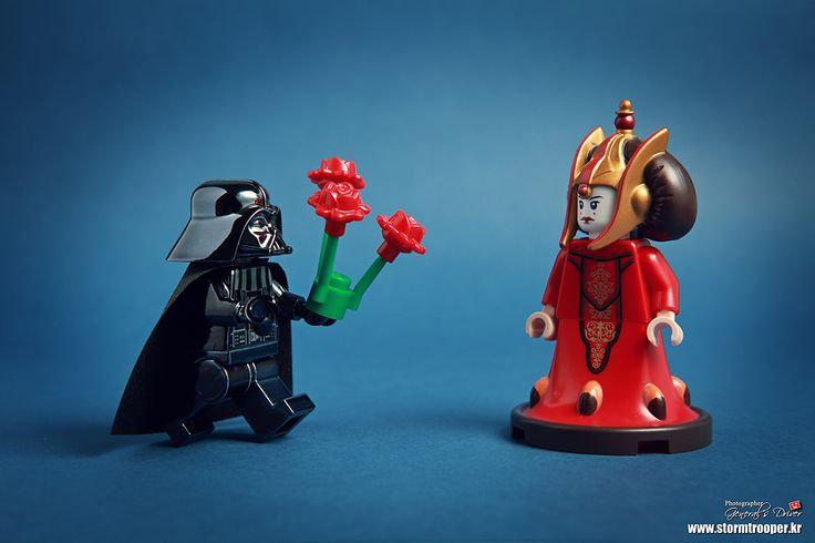 This sort of reminds me of the end of The Winter's Tale. Darth Vader/Padme vs. Leontes/Hermione works.