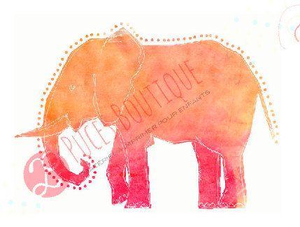 ❤ LILI LÉLÉPHANT (ROSE-ORANGE)   ❤ DESCRIPTION Petit éléphant tout mignon qui saura mettre une touche de savane dans la chambre de votre coco ou