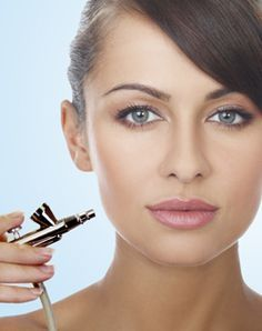 5 Air Brush Make Up Tips Read full article---> http://womenkingdom.com/5-air-brush-make-up-tips