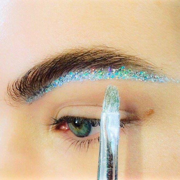 Futuristic disco brow line |Maccosmetics