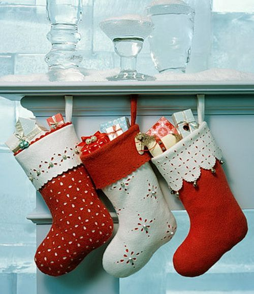 Amazing handmade Christmas stockings - Top 20 of The Most Magnificent DIY Christmas Decoration Ideas