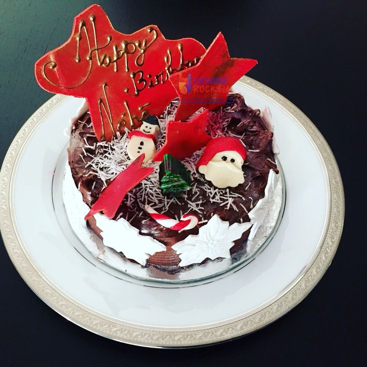 #क्रिसमस #Christmas time birthdays call for special celebrations !! Check this rocking #cake by #Indore's newest gourmet baker: http://indorerocks.com/restaurants/CakeSmiths_Alley/40752 #countdowntoChristmas #IndoreRocks