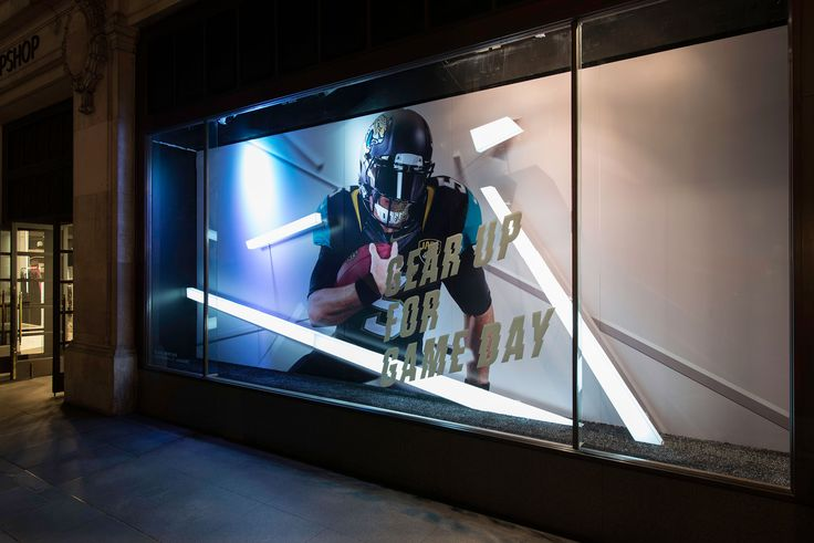 MILLINGTON ASSOCIATES NIKE TECH PACK 2015 RETAIL INTERIOR RETAIL WINDOWS NFL 2015